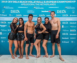 15-07-2018 NED: CEV DELA Beach Volleyball European Championship day 1<br /> Start of the DELA EC Beach Volleyball 2018 / Cheerleaders dance