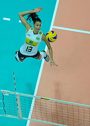 29-08-2010 VOLLEYBAL: WGP FINAL CHINA - BRAZIL: BEILUN NINGBO<br /> Brazil eased past China 25-12, 25-16, 25-15 / Sheilla Castro<br /> ©2010-WWW.FOTOHOOGENDOORN.NL