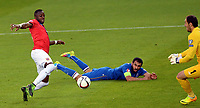 Fotball <br /> UEFA Euro 2016 Qualifying Competition<br /> 12.06.2015<br /> Norge v Aserbajdsjan / Norway v Aserbajdsjan<br /> Foto: Morten Olsen/Digitalsport<br /> <br /> Adama Diomande (13) - NOR<br /> Keeper Kamran Agayev - AZB<br /> Rashad Sadygov (14) - AZB