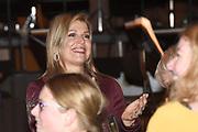 Koningin Maxima is bij de regionale start van het project Meer Muziek in de Klas Lokaal in cultuurcentrum De Oosterpoort. Dit project moet zorgen voor structureel en goed muziekonderwijs op basisscholen.<br /> <br /> Queen Maxima is at the regional start of the project More Music in the Classroom in cultural center De Oosterpoort. This project must ensure structural and good music education in primary schools.