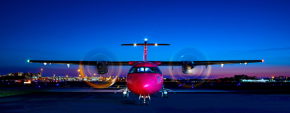 A brand new ATR 42-500 photographed at Orlando International Airport for Silver Airways.<br />