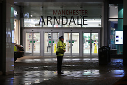 © Licensed to London News Pictures. 18/10/2019. Manchester, UK. Police evacuate the Arndale Centre in Manchester City Centre. Photo credit: Joel Goodman/LNP
