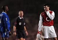Photo: Javier Garcia/Back Page Images<br />Arsenal v Chelsea, FA Barclays Premiership, Highbury 12/12/04<br />Jose Antonio Reyes and Claude Makelele