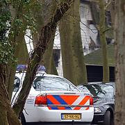 Brand Nicole des Bouvrie Naarden, brandweerwagen, politiewagen, oprit