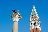 Italie, Venetie, Venise, Grand Canal, place Saint Marc, piazza San Marco, Patrimoine mondial de l'UNESCO // Italy, Venice, Veneto, square San Mark, Winged Lion Column and Campanile, World heritage of the UNESCO