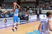 DESCRIZIONE : Cantù Lega A 2015-16 Acqua Vitasnella Cantu' vs Dinamo Banco di Sardegna Sassari<br /> GIOCATORE : MarQuez Haynes<br /> CATEGORIA : Tiro<br /> SQUADRA : Dinamo Banco di Sardegna Sassari<br /> EVENTO : Campionato Lega A 2015-2016<br /> GARA : Acqua Vitasnella Cantu'  Dinamo Banco di Sardegna Sassari<br /> DATA : 12/10/2015<br /> SPORT : Pallacanestro <br /> AUTORE : Agenzia Ciamillo-Castoria/I.Mancini<br /> Galleria : Lega Basket A 2015-2016  <br /> Fotonotizia : Acqua Vitasnella Cantu'  Lega A 2015-16 Acqua Vitasnella Cantu' Dinamo Banco di Sardegna Sassari   <br /> Predefinita :