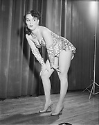 """Y-540525-1. """"Star Theater. May 25, 1954"""", """"Pati Pearson"""""""