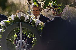 Remember 9/11: US Pr‰sident Barack Obama bei einer Gedenkveranstaltung am Pentagon<br /> <br /> / 110916<br /> <br /> *** U.S President Barack Obama places a wreath at the memorial during a ceremony commemorating the 15th anniversary of the 9/11 terrorist attacks at the Pentagon September 11, 2016 in Arlington, Virginia.  ***