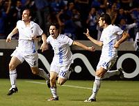 Fotball<br /> UEFA Champions League<br /> 01.10.2008<br /> FC Anorthosis Famagusta Nikosia v Panathinaikos<br /> Foto: imago/Digitalsport<br /> NORWAY ONLY<br /> <br /> Sinisa Dobrasinovic (li.), Vincent Laban (Mitte) und Andreas Constantinou (alle Famagusta) - Torjubel