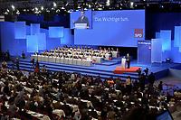 17 NOV 2003, BOCHUM/GERMANY:<br /> Uebersicht SPD Bundesparteitag waehrend der Rede von Gerhard Schroeder, SPD, Bundeskanzler, Ruhr-Congress-Zentrum<br /> IMAGE: 20031117-01-064<br /> KEYWORDS: Parteitag, party congress, SPD-Bundesparteitag, Übersicht, Gerhard Schröder