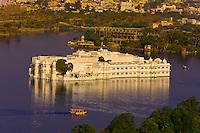 The Lake Palace Hotel on Lake Pichola, Udaipur, Rajasthan, India
