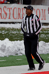 NORMAL, IL - November 17: Back Judge: Chris Curry during a college football game between the ISU (Illinois State University) Redbirds and the Youngstown State Penguins on November 17 2018 at Hancock Stadium in Normal, IL. (Photo by Alan Look)