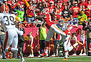 KANSAS CITY, MO - OCTOBER 27:  Wide receiver Dexter McCluster #22 of the Kansas City Chiefs catches a 28-yard touchdown pass against defensive back Joe Haden #23 of the Cleveland Browns during the first half on October 27, 2013 at Arrowhead Stadium in Kansas City, Missouri.  (Photo by Peter Aiken/Getty Images) *** Local Caption *** Dexter McCluster;Joe Haden