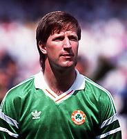 Fotball<br /> EM-sluttspillet 1988<br /> England v Irland<br /> Foto: Digitalsport<br /> Norway Only<br /> Ronnie Whelan, Irland