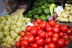 THEMENBILD - URLAUB IN KROATIEN, frisches Gemüse (Paprika, Tomaten) am Markt, aufgenommen am 01.07.2014 in Porec, Kroatien // fresh vegetables (peppers, tomatoes) on the market in Porec, Croatia on 2014/07/01. EXPA Pictures © 2014, PhotoCredit: EXPA/ JFK