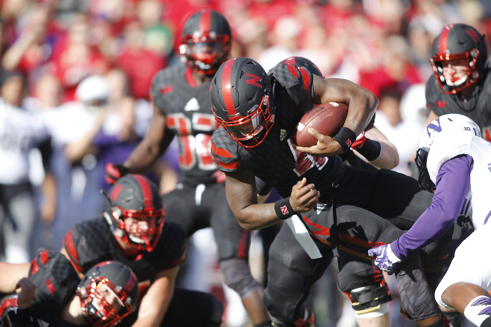 against Northwestern at Memorial Stadium on Oct. 24, 2015. Photo by Aaron Babcock
