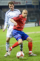 """Fotball<br /> Royal League<br /> Helsingborg - Rosenborg: Roar Strand trycker """" Henke """" Henrik Larsson i ryggen.<br /> DIGITALSPORT / NORWAY ONLY"""