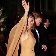NLD/Amsterdam/20110527 - 40ste verjaardag Prinses Maxima, Prinses Maxima en Prins Willem Alexander