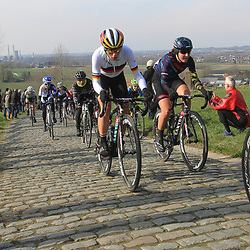 27-02-2016: Wielrennen: Omloop Nieuwsblad vrouwen: Gent<br />GENT (BEL) wielrennen<br />De opening van het Noord Europese wielerseizoen is traditioneel de opening van het wielerseizoen bij de mannen en vrouwen. Paterberg German champion Trixi Worrack abnd Lisa Brennauer