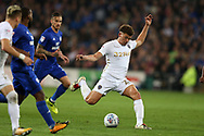 Kalvin Phillips of Leeds Utd ® lines up for a shot at goal. EFL Skybet championship match, Cardiff city v Leeds Utd at the Cardiff city stadium in Cardiff, South Wales on Tuesday 26th September 2017.<br /> pic by Andrew Orchard, Andrew Orchard sports photography.