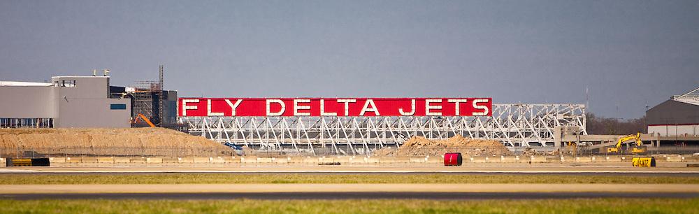 "The famous ""Fly Delta Jets"" sign at Hartsfield-Jackson Atlanta International Airport."