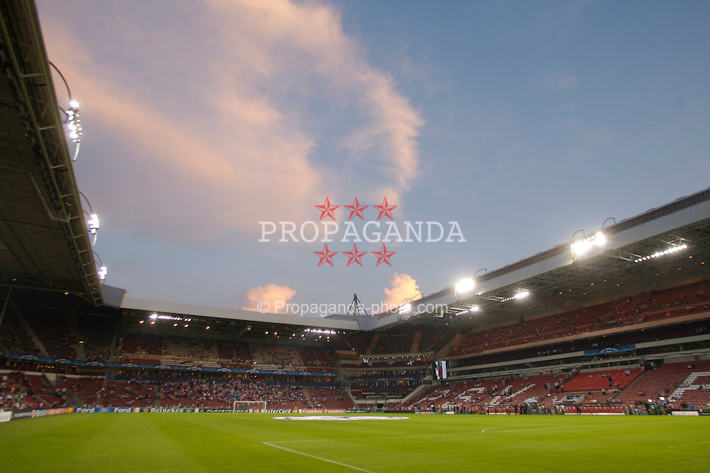 EINDHOVEN, THE NETHERLANDS - TUESDAY, SEPTEMBER 12th , 2006: PSV Eindhoven's Philips Stadium before the opening Group C UEFA Champions League match against Liverpool. (Pic by David Rawcliffe/Propaganda)