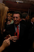 Robert Powell. The Laurent-Perrier Pink Party in aid of The Prince's Trust at the Sanderson Hotel on April 27, 2005. ONE TIME USE ONLY - DO NOT ARCHIVE  © Copyright Photograph by Dafydd Jones 66 Stockwell Park Rd. London SW9 0DA Tel 020 7733 0108 www.dafjones.com