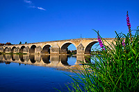 France, Loiret (45), Gien, vieux pont de Gien // France, Loiret (45), Gien, old bridge