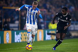 Florent Hadergjonaj of Huddersfield Town takes on Ryan Sessegnon of Fulham - Mandatory by-line: Robbie Stephenson/JMP - 05/11/2018 - FOOTBALL - John Smith's Stadium - Huddersfield, England - Huddersfield Town v Fulham - Premier League