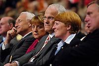 09 APR 2005 OBERHAUSEN/GERMANY:<br /> Edmund Stoiber, CSU, Ministerpraesident Bayern, Angela Merkel, CDU Bundesvorsitzende, Juergen Ruettgers, CDU, Landesvorsitzender und Spitzenkandidat der CDU NRW, und seine Ehefrau Angelika Ruettgers, (v.L.n.R.), Wahlkampfauftaktveranstaltung zur Landtagswahl in Nordrhein-Westfalen, Koenig-Pilsener-Arena<br /> IMAGE: 20050409-01-031<br /> KEYWORDS: Jürgen Rüttgers