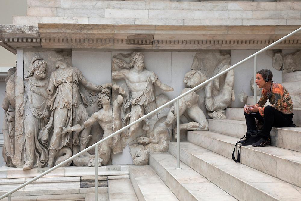 10/Septiembre/2009 Alemania. Berlín.Altar de Pérgamo en el Pergamonmuseum..©JOAN COSTA....