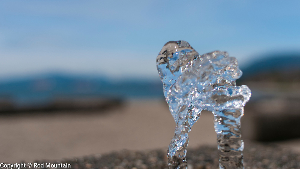 A close up of water cascading from the fountain at English Bay in Vancouver, B.C.