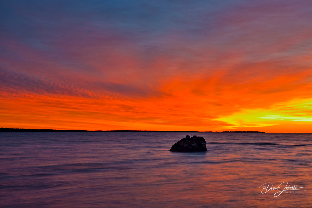 Ennadai Lake at sunrise, Arctic Haven Lodge, Ennadai Lake, Nunavut, Canada