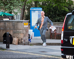 Ewen Bremner in Trainspotting2 filming at Ferry Road.