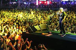 Edi Rock durante o show do Racionais MC's no Planeta Atlântida 2013/SC, que acontece nos dias 11 e 12 de janeiro no Sapiens Parque, em Florianópolis. FOTO: Jefferson Bernardes/Preview.com