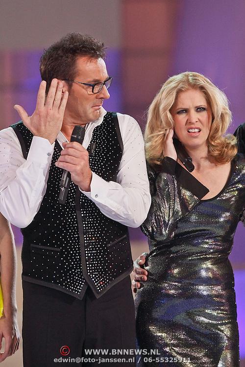 NLD/Hilversum/20110204 - 2e Liveshow Sterren Dansen op het IJs 2011, Gerard Joling, Nance Coolen
