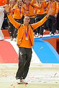 Nederlandse Olympische ploeg komt thuis en wordt gehuldigd op het plein voor Station Den Bosch.<br /> <br /> Op de foto: Dorian van Rijsselberghe