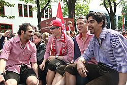 09.05.2010, Marienplatz, Muenchen, GER, 1. FBL, Meisterfeier der Bayern , im Bild Hamit Altintop (FC Bayern Nr.8) und Martin Demichelis (FC Bayern Nr.6)  , EXPA Pictures © 2010, PhotoCredit: EXPA/ nph/  Straubmeier / SPORTIDA PHOTO AGENCY