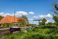 11-05-2020: Nijelamer, Weststellingwerf - brug over de Schipsloot