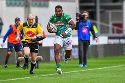 Iliesa Ratuva of Benetton Treviso<br /> <br /> Photographer Craig Thomas/Replay Images<br /> <br /> Guinness PRO14 Round 3 - Scarlets v Benetton Treviso - Saturday 15th September 2018 - Parc Y Scarlets - Llanelli<br /> <br /> World Copyright © Replay Images . All rights reserved. info@replayimages.co.uk - http://replayimages.co.uk