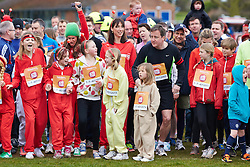 © Licensed to London News Pictures.  23/03/2014. OXFORD, UK. Prime minister DAVID CAMERON (centre right) and wife SAMANTHA CAMERON (centre left) and family at the start of the Oxford Sport Relief Mile. Photo credit: Cliff Hide/LNP