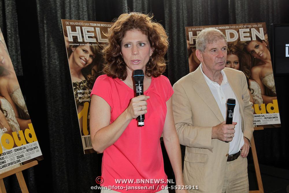 NLD/Ridderkerk/20120628 - Presentatie blad Helden 14, Barbara en Frits Barend