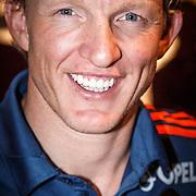 NLD/Rotterdam/20151207 - Reanimatiecursus Feyenoord selectie + bn'ers leren samen reanimeren, Dirk Kuyt