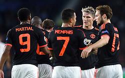 15-09-2015 NED: UEFA CL PSV - Manchester United, Eindhoven<br /> PSV kende een droomstart in de Champions League. De Eindhovenaren waren in eigen huis te sterk voor de miljoenenploeg Manchester United: 2-1 / Memphis Depay #7 slalomt door de verdediging en scoort de 1-0, Daley Blind #17, Bastian Schweinsteiger #31