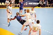 DESCRIZIONE : France Hand D1 Championnat de France D1 a Paris <br /> GIOCATORE : Abalo Luc<br /> SQUADRA : Paris<br /> EVENTO : FRANCE Hand D1<br /> GARA : Paris Montpellier<br /> DATA : 30/09/2012<br /> CATEGORIA : Hand D1 <br /> SPORT : Handball<br /> AUTORE : JF Molliere <br /> Galleria : France Hand 2012-2013 Action