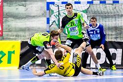27.04.2018, BSFZ Suedstadt, Maria Enzersdorf, AUT, HLA, SG INSIGNIS Handball WESTWIEN vs Bregenz Handball, Viertelfinale, 1. Runde, im Bild Julian Pratschner (SG INSIGNIS Handball WESTWIEN), Lukas Frühstück (Bregenz Handball), Gabor Hajdu (SG INSIGNIS Handball WESTWIEN) // during Handball League Austria, quarterfinal, 1 st round match between SG INSIGNIS Handball WESTWIEN and Bregenz Handball at the BSFZ Suedstadt, Maria Enzersdorf, Austria on 2018/04/27, EXPA Pictures © 2018, PhotoCredit: EXPA/ Sebastian Pucher