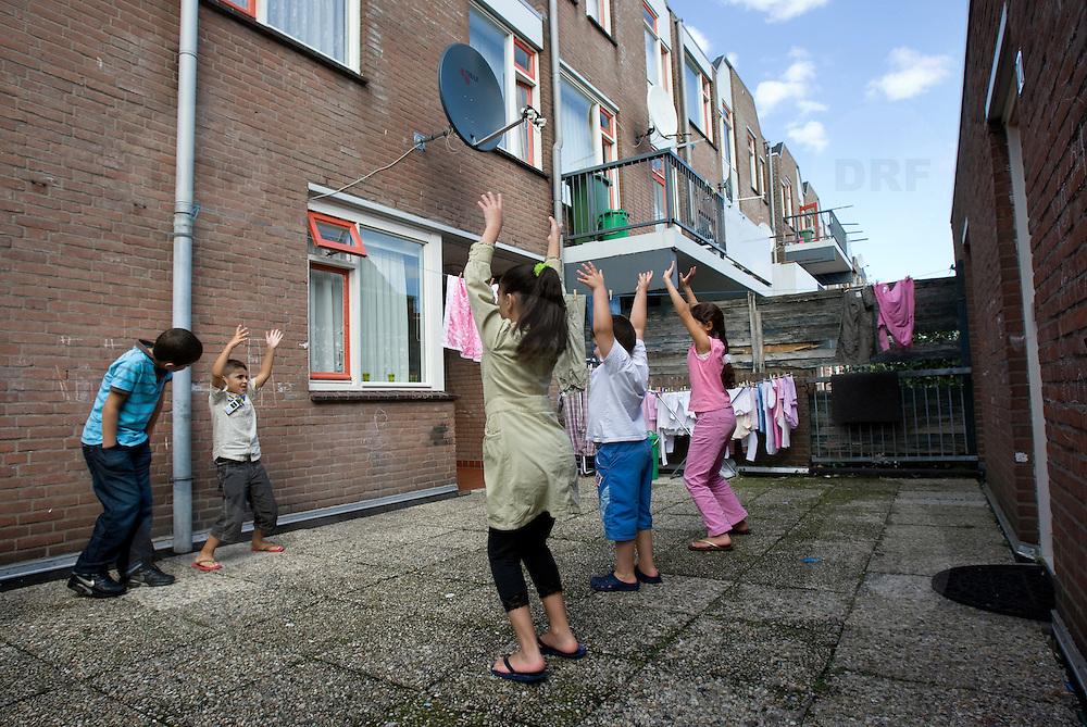 Nederland Den Haag 14 september 2008 Foto: David Rozing .serie achterstandswijk Schilderswijk ..Foto David Rozing