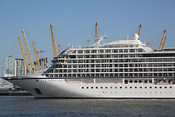 May 6, 2018 - London, LONDON, UK - London, UK. 228-metre-long cruise ship Viking Sun seen making her past the O2 on her way down the River Thames at the end of a 3 day visit to Greenwich in south east London. The visit by Viking Sun, which has a capacity of 930 passengers, marks the beginning of London's cruise ship season. For passengers on board, London was the end of a 141 night round the world cruise which started in Miami last December. (Credit Image: © Rob Powell/London News Pictures via ZUMA Wire)