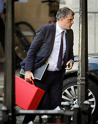 © Licensed to London News Pictures. 20/06/2019. London, UK. Chief Whip JULIAN SMITH is seen at the Houses of Parliament in London . Further candidates are expected to drop out of the race to be the next Prime Minister over the next two days, leaving two, in a series of votes held by Conservative MPs at Parliament. Photo credit: Ben Cawthra/LNP