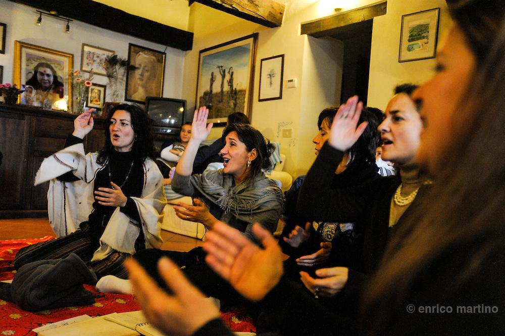 "Weekend meditation of Sahaja Yoga followers near Gubbio. This ""spontaneous"" buddhist meditation school (with many thousand of followers in more than 80 countries) started in 1970 with the teaching of Shri Mataji Nirmala Devi."